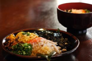 奄美の里 鶏飯