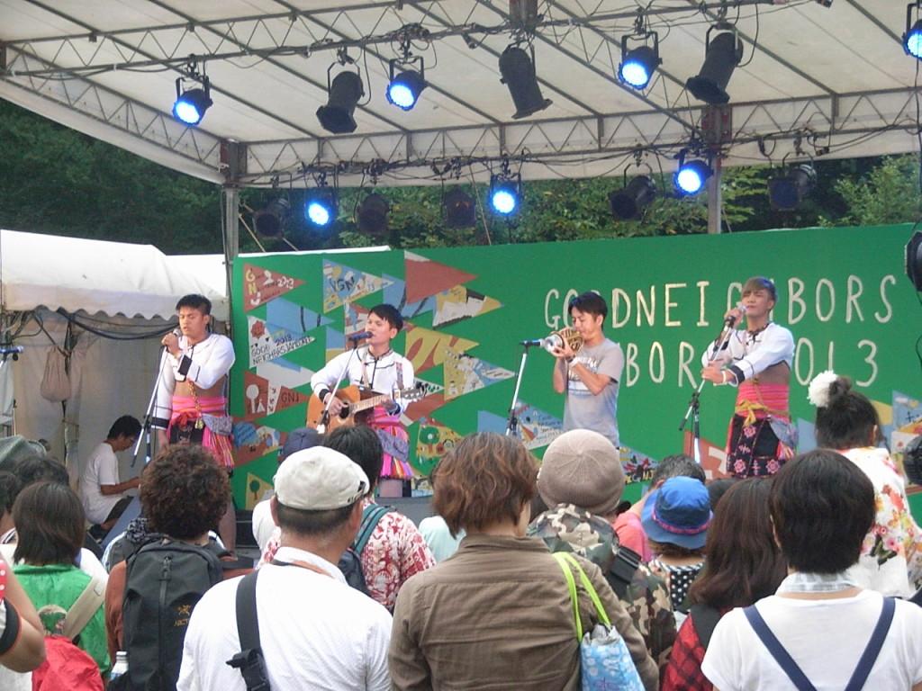 台湾からのゲスト「スミン」のライブ