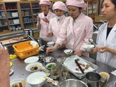 女子大生とコラボで「出汁茶漬け」を開発!続報2